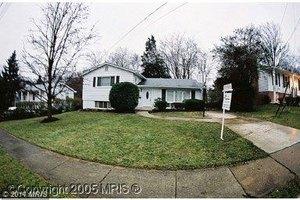 3613 Old Post Rd, Fairfax, VA 22030
