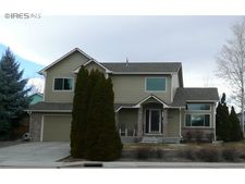 2924 Lake Park Way, Longmont, CO 80503