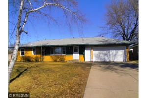 8879 Greystone Ave S, Cottage Grove, MN 55016