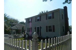 57 Spofford Ave, Warwick, RI 02888