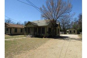 2315 Harris Ln, Haltom City, TX 76117