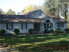 4628 Milligan Rd, Lowellville, OH 44436
