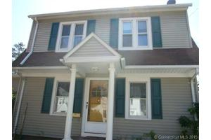 8 Ingram St, Hamden, CT 06517
