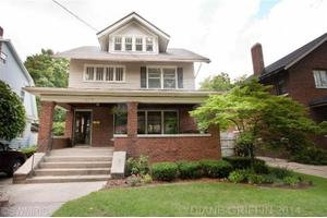 617 Rosewood Ave SE, East Grand Rapids, MI 49506