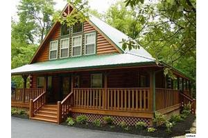 417 Laurel Ave, Gatlinburg, TN 37738