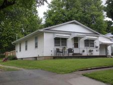 329 Lincoln St, Holton, KS 66436