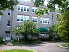 100 Clarewood Dr Apt 4A, Hastings On Hudson, NY 10706