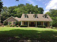 76 W Lake Lee Rd, Greenville, MS 38701