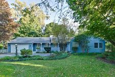 515 E Blodgett Ave, Lake Bluff, IL 60044