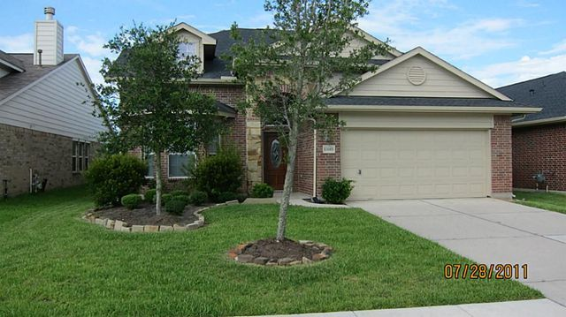 13003 Meadow Springs Dr, Pearland, TX 77584
