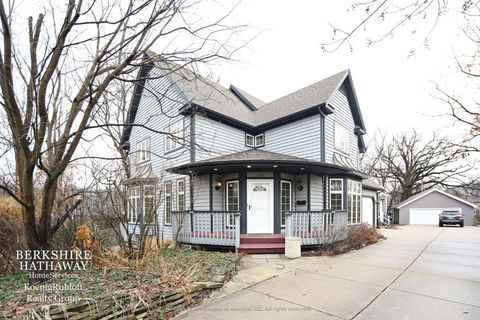 635 N Lincoln St, Hinsdale, IL 60521