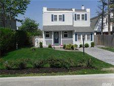 156 Shore Dr, Oakdale, NY 11769
