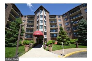 2601 Kenzie Ter Apt 128, Saint Anthony, MN 55418