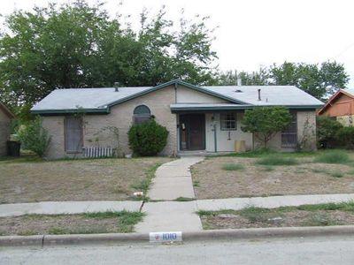 1010 Shorehaven Dr, Garland, TX