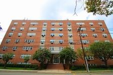 467 Valley St Apt 3N, Maplewood, NJ 07040