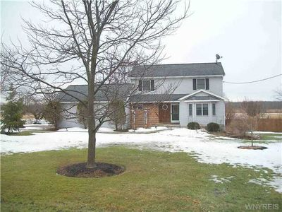 4292 Beach Ridge Rd, North Tonawanda, NY