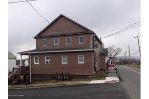 2 2nd Ave, Larksville, PA 18704