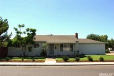 2621 Brownell St, Atwater, CA 95301