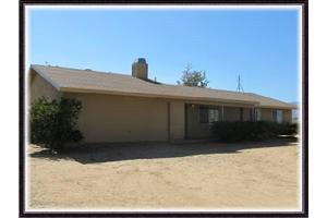 5709 Smoke Tree Rd, Phelan, CA 92371