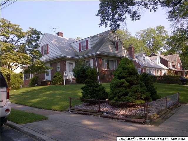 Slosson Ave Staten Island