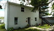 7 East St, Mt. Holly Springs, PA 17065