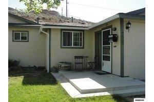 7535 Gladstone Dr, Reno, NV 89506