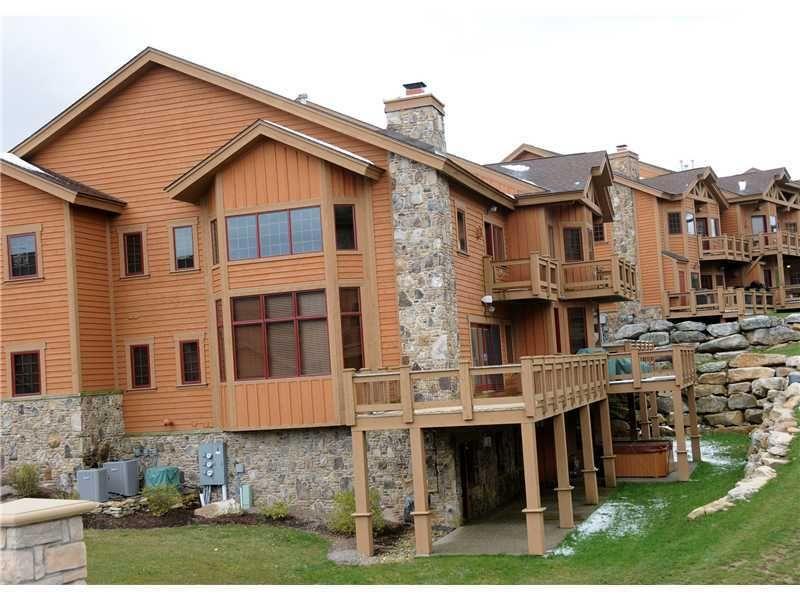 422 Southwind Cir Seven Springs Resort Pa 15622