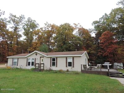 13824 hickory rd fruitport mi 49415 home for sale and