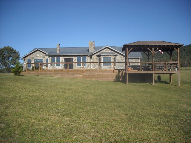 3293 Crocketts Cove Rd, Wytheville, VA