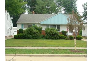 963 Newberry Ave, South Euclid, OH 44121