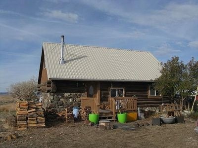 57670 Old Lake Rd, Christmas Valley, OR 97641