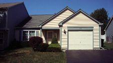 812 Castleton Ct, Mundelein, IL 60060