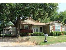 1092 Elm St W, Stephenville, TX 76401