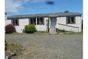 604 Chenois Ave NE, Ocean Shores, WA 98569