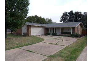 3616 High Bluff Dr, Dallas, TX 75234