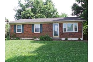 803 Larry Ct, Winchester, KY 40391