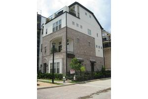 9602 Fannin Sta, Houston, TX 77045