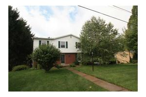 956 Rolling Meadows Dr, Unity  Twp, PA 15601