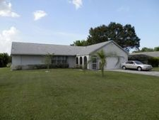 1913 Se Rainier Rd, Port Saint Lucie, FL 34952