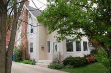 907 Rogers St, Downers Grove, IL 60515