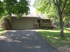 13071 Glenhurst Cir, Savage, MN 55378