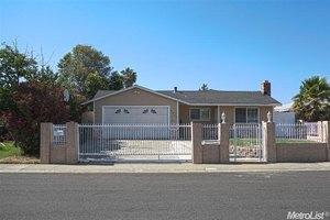 9909 Burline St, Sacramento, CA 95827