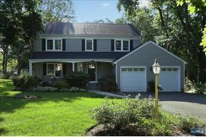 465 Heights Rd, Ridgewood, NJ 07450