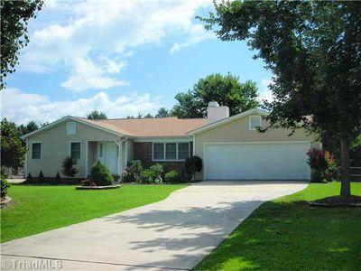 203 Blair Ct, Archdale, NC