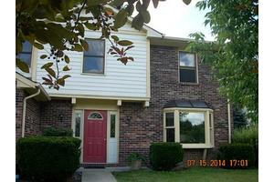 8152 Menlo Court West Dr, Indianapolis, IN 46240