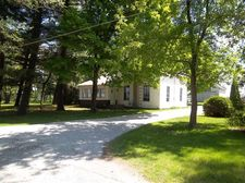 12877 S Hunsley Rd, Hanna, IN 46340