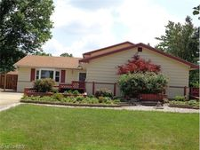 13585 Sheldon Blvd, Middleburg Heights, OH 44130