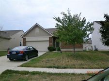405 Bluebell Ct, Clayton, OH 45315