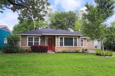 1546 Hewitt Dr, Houston, TX 77018