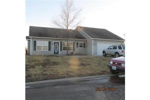 306 E Colony Ave, East Lynne, MO 64743